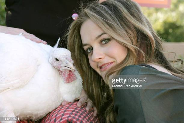 Alicia Silverstone with Tom the turkey during PETA'S 2006 Vegan Thanksgiving Roast at Private Residence in Los Angeles California United States