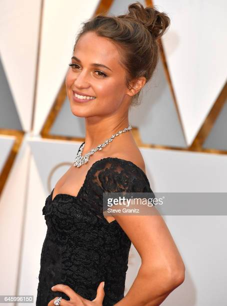 Alicia Vikander arrives at the 89th Annual Academy Awards at Hollywood Highland Center on February 26 2017 in Hollywood California