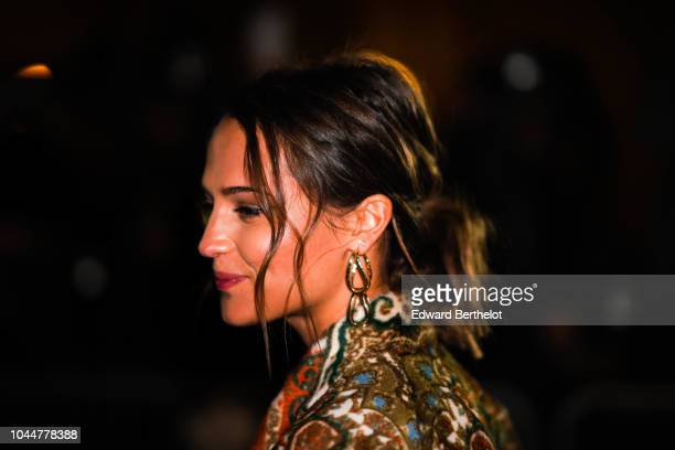 Alicia Vikander attends the Louis Vuitton show during Paris Fashion Week Womenswear Spring/Summer 2019 on October 2 2018 in Paris France
