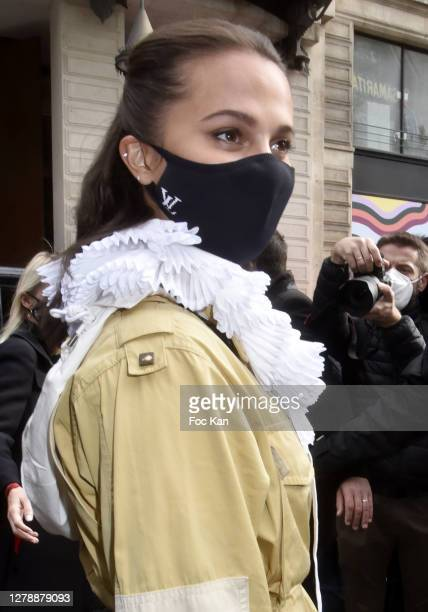 Alicia Vikander attends the Louis Vuitton Womenswear Spring/Summer 2021 show as part of Paris Fashion Week on October 06 2020 in Paris France
