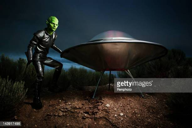 Alien and Spaceship Landing