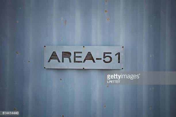 alien research center area 51 sign - area 51 stock pictures, royalty-free photos & images