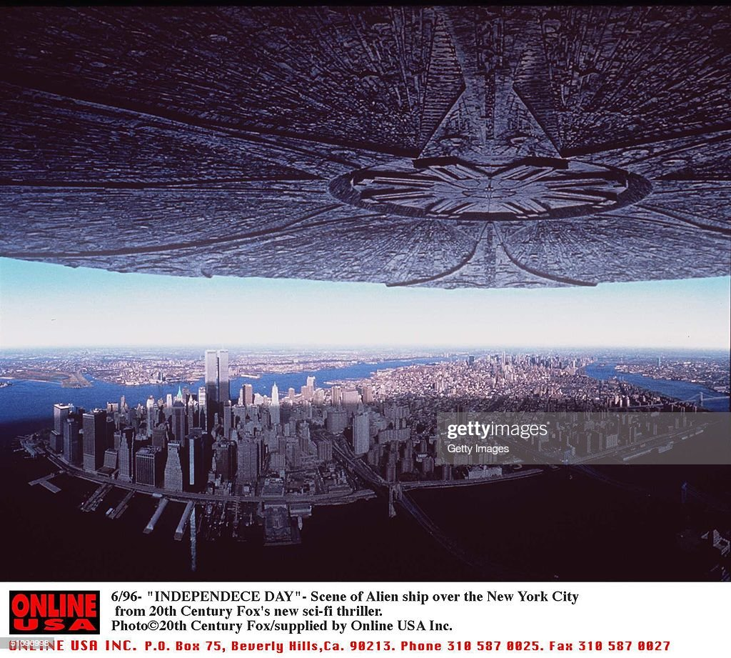 Alien Ship Over New York City Scenes From Independence Day The New Thriller From 20Th Centu : News Photo