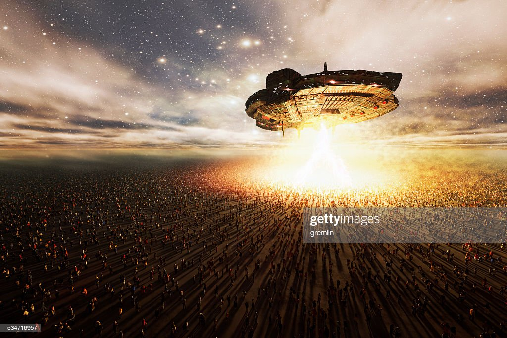 円形の宇宙船画像