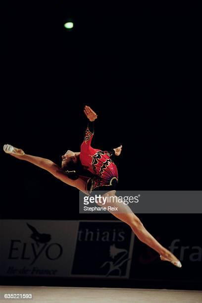 Alina Kabaeva from Russia performs at the International tournament of Thiais. | Location: Thiais, France.