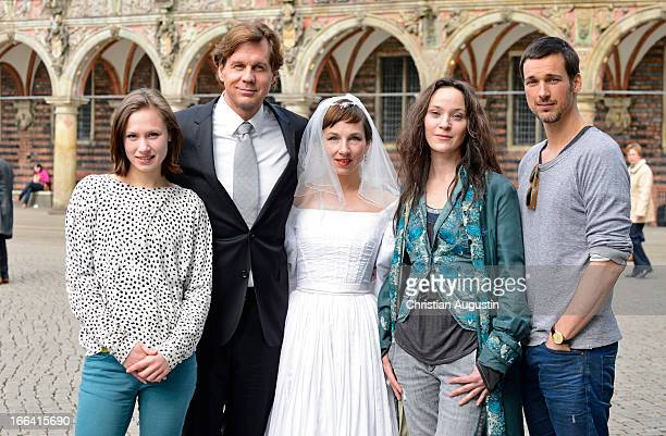 Alina Levshin Thomas Heinze Meret Becker Jeanette Hain and Florian David Fitz attend the photocall of 'Luegen' in front of Bremen townhall on April...