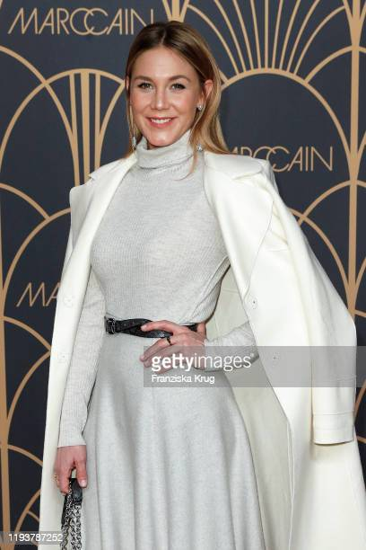 Alina Merkau arrives at the Marc Cain show during Berlin Fashion Week Autumn/Winter 2020 at Deutsche Telekom's representative office on January 14...