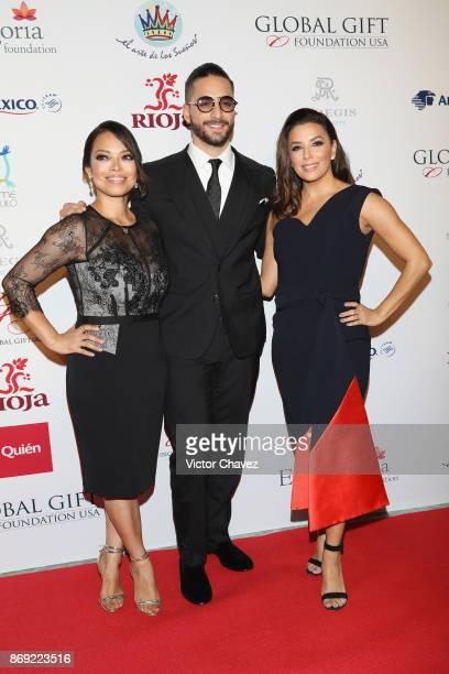 Alina Peralta Maluma and Eva Longoria attend The Global Gift Gala Mexico 2017 at St Regis Hotel on November 1 2017 in Mexico City Mexico