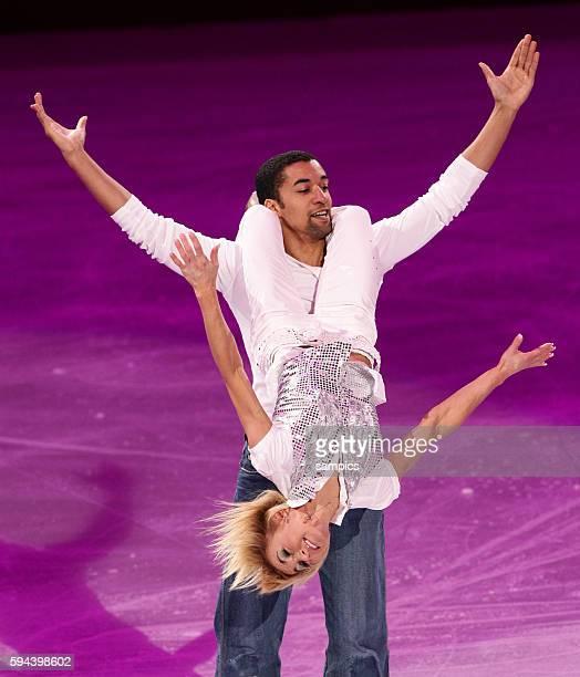 Aliona Savchenko und Robin Szolkowy 3 Platz Paare Olympische Winterspiele 2010 in Vancouver Eiskunstlauf Exhibition Olympic Winter Games 2010 Figure...