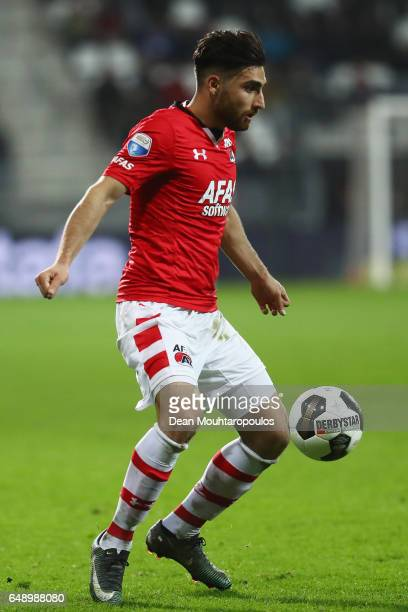 Alireza Jahanbakhsh of AZ Alkmaar in action during the Dutch KNVB Cup Semifinal match between AZ Alkmaar and SC Cambuur held at AFAS Stadion on March...