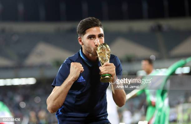 Alireza Jahanbakhsh of Iran celebrates after the match during FIFA 2018 World Cup Qualifier match between Iran and Uzbekistan at Azadi Stadium on...