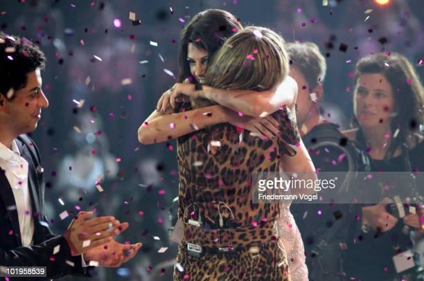 Alisar celebrates with Heidi Klum after winning the PRO7 TV show 'Germany's Next Topmodel Final' at the Lanxess Arena on June 10 2010 in Cologne...