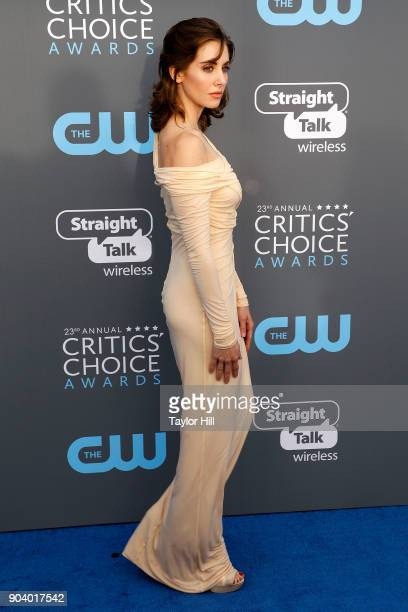 Alison Brie attends the 23rd Annual Critics' Choice Awards at Barker Hangar on January 11 2018 in Santa Monica California