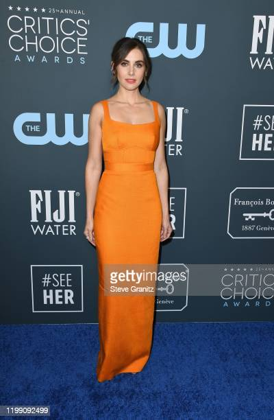 Alison Brie attends the 25th Annual Critics' Choice Awards at Barker Hangar on January 12, 2020 in Santa Monica, California.