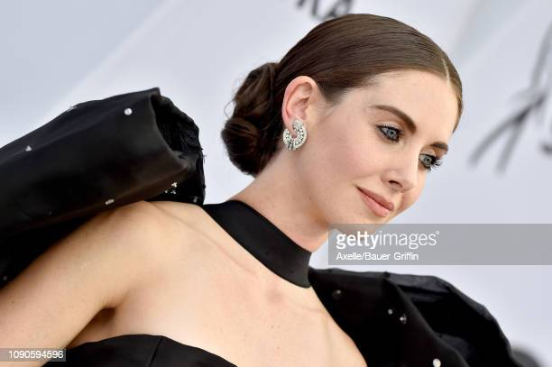 Alison Brie attends the 25th Annual Screen Actors Guild Awards at The Shrine Auditorium on January 27, 2019 in Los Angeles, California.