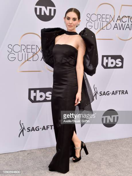 Alison Brie attends the 25th Annual Screen Actors Guild Awards at The Shrine Auditorium on January 27 2019 in Los Angeles California