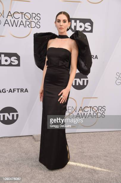 Alison Brie attends the 25th Annual Screen Actors Guild Awards at The Shrine Auditorium on January 27 2019 in Los Angeles California 480645