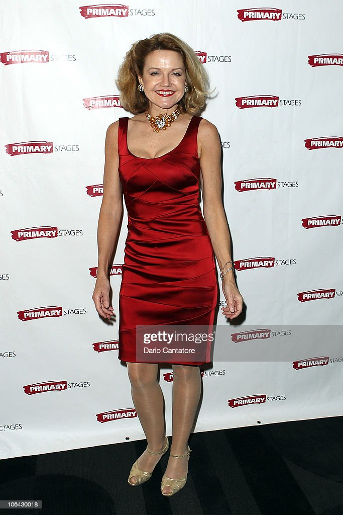Alison Fraser attends the Primary Stages Gala at The Edison Ballroom on November 1, 2010 in New York City.