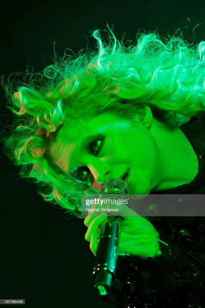 Goldfrapp Perform At Rockefeller