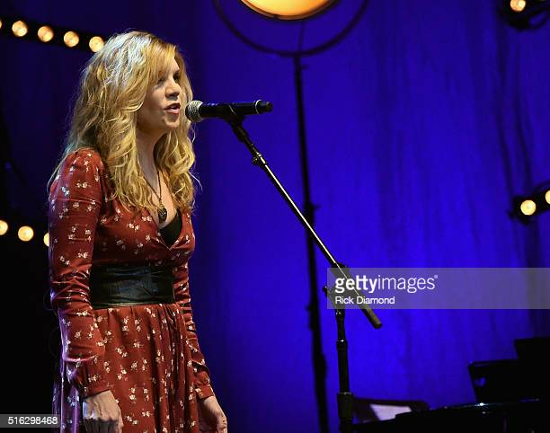 Alison Krauss Pictures and Photos - Getty Images