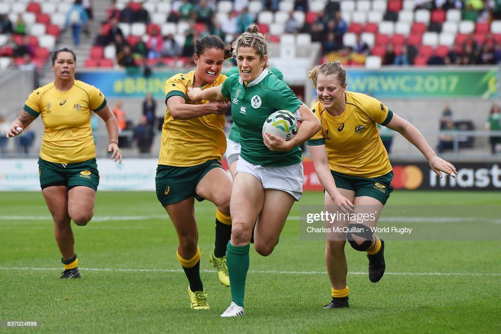 Alison Miller of Ireland runs through to score a try during the Womens Rugby World Cup 5th place semi-final at the Kingspan Stadium on August 22, 2017 in Belfast, United Kingdom.