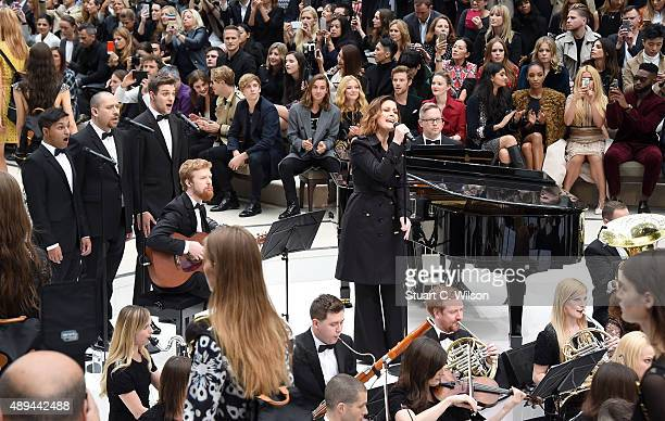 Alison Moyet performs at the Burberry Womenswear Spring/Summer 2016 show during London Fashion Week at Kensington Gardens on September 21 2015 in...