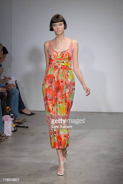 Alison Nix wearing Rebecca Taylor Spring 2007 during Olympus Fashion Week Spring 2007 Rebecca Taylor Runway at Bumble Bumble in New York City New...