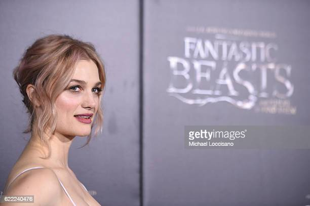 Alison Sudol attends the 'Fantastic Beasts And Where To Find Them' World Premiere at Alice Tully Hall Lincoln Center on November 10 2016 in New York...