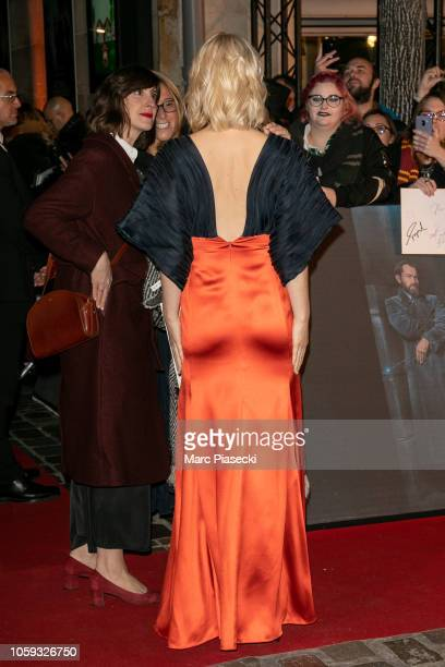 Alison Sudol signs autographs as he attends 'Fantastic Beasts The Crimes Of Grindelwald' World Premiere at UGC Cine Cite Bercy on November 8 2018 in...