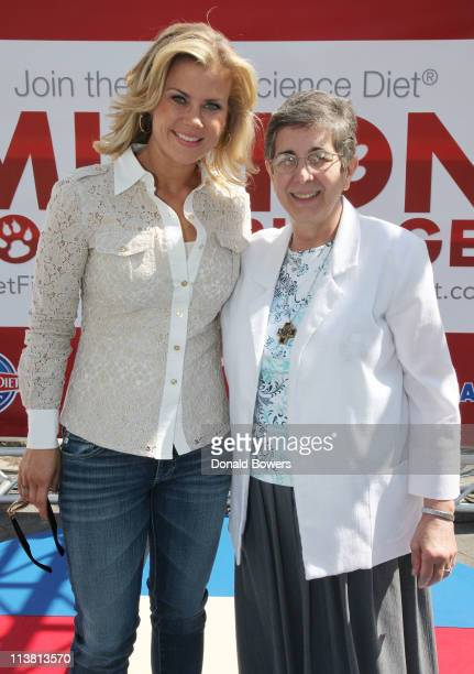 Alison Sweeney poses with Hill's PetFit Challenge winner Sr Yliana Hernandez Sweeney has partnered with Hill's Pet Nutrition to Launch The Science...