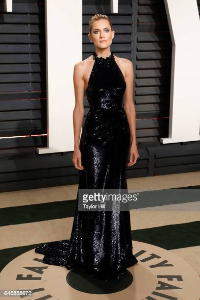 Alison Williams attends the 2017 Vanity Fair Oscar Party at Wallis Annenberg Center for the Performing Arts on February 26 2017 in Beverly Hills...