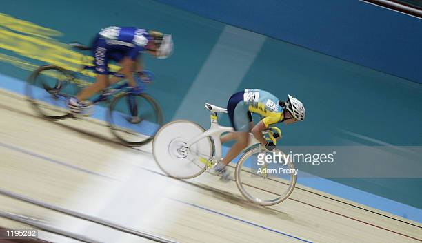 Alison Wright of Australia in action during the Women's 25 km Points Race Final at the National Cycling Centre during the 2002 Commonwealth Games in...