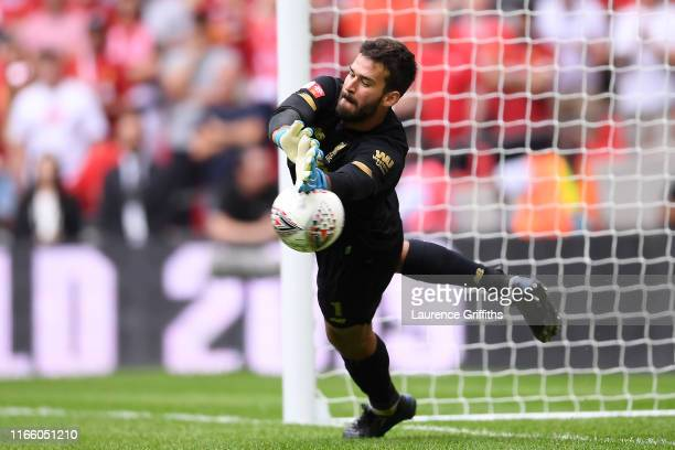 Alisson Becker Stock Pictures, Royalty-free Photos