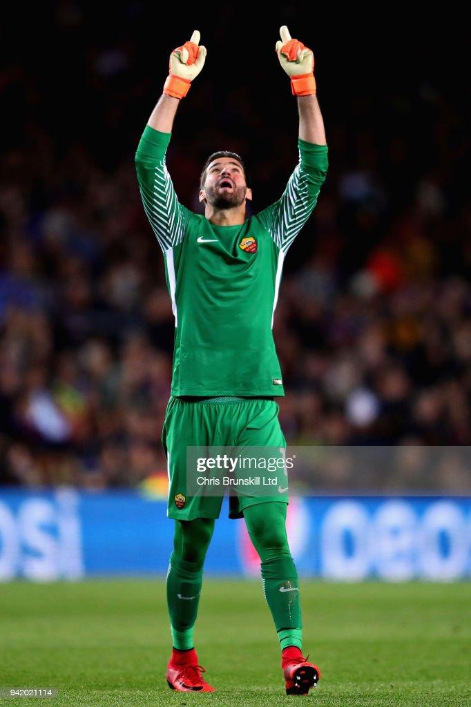 FC Barcelona v AS Roma - UEFA Champions League Quarter Final Leg One : ニュース写真