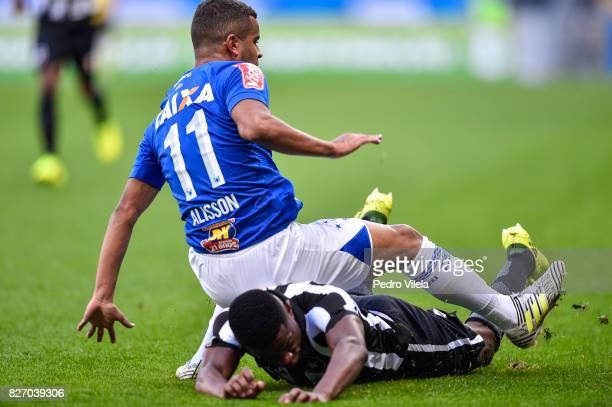 Alisson of Cruzeiro and Emerson of Botafogo battle for the ball during a match between Cruzeiro and Botafogo as part of Brasileirao Series A 2017 at...