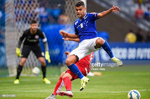 Alisson of Cruzeiro and William of Internacional battle for the ball during a match between Cruzeiro and Internacional as part of Brasileirao Series...