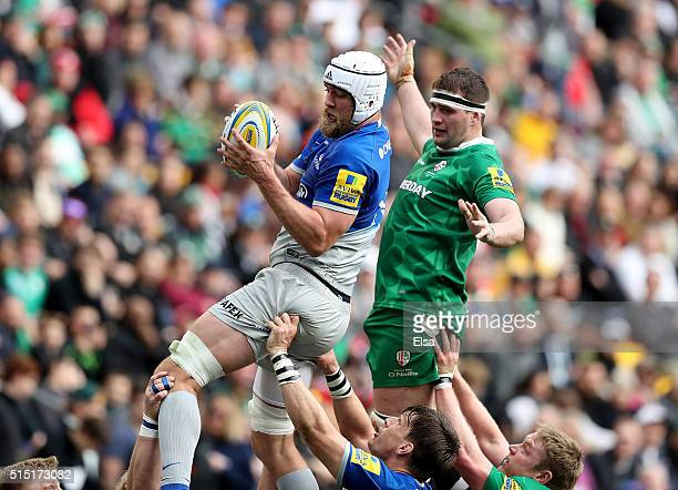 Alistair Hargreaves of Saracens grabs the ball before Matt Symons of London Irish during the Aviva Premiership match on March 12 2016 at Red Bull...
