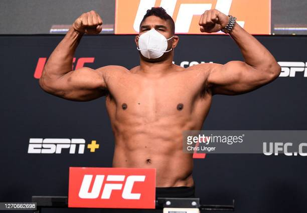 Alistair Overeem of the Netherlands poses on the scale during the UFC Fight Night weigh-in at UFC APEX on September 04, 2020 in Las Vegas, Nevada.