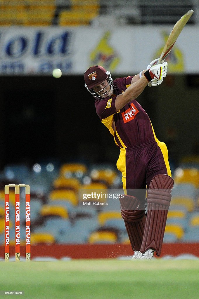 Alister McDermott of the Bulls bats during the Ryobi One Day Cup match between the Queensland Bulls and the Western Australia Warriors at The Gabba on February 2, 2013 in Brisbane, Australia.