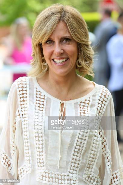 Alisyn Camerota attends the Garden Brunch hosted by Tammy Haddad ahead of the White House Correspondents' Association Dinner on April 29 2017 in...
