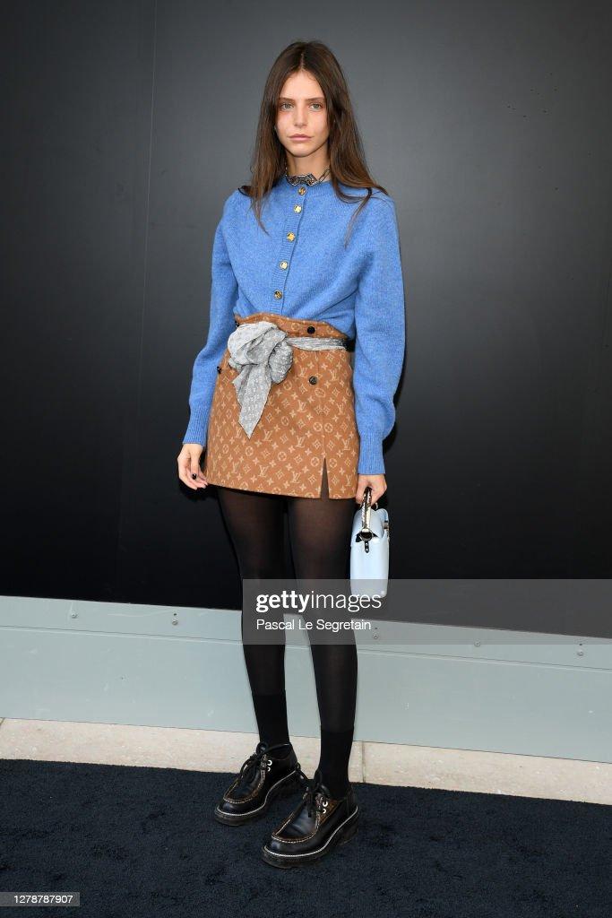 Louis Vuitton : Photocall -  Paris Fashion Week - Womenswear Spring Summer 2021 : ニュース写真