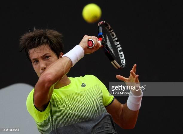 Aljaz Bedene of Slovenia returns a shot to Pablo Carreno Busta of Spain during the ATP Rio Open 2018 at Jockey Club Brasileiro on February 22 2018 in...