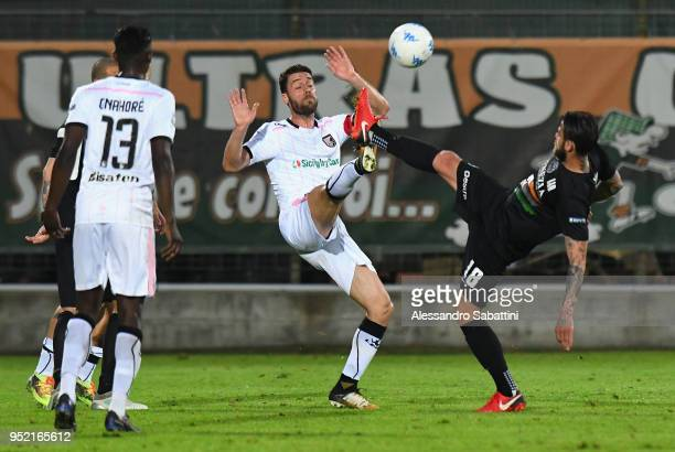 Aljaz Struna of US Citta di Palermo competes for the ball whit Sergiu Suciu of Venezia FC during the serie B match between Venezia FC and US Citta di...
