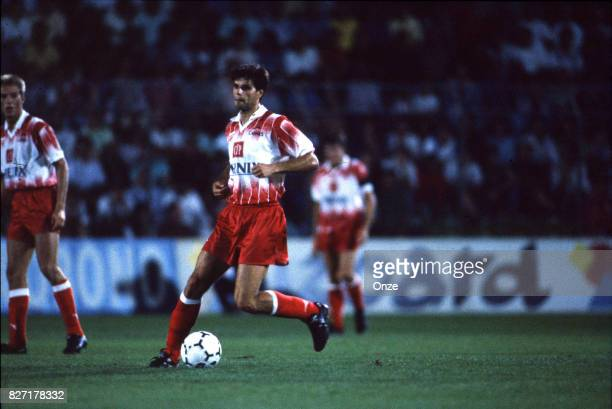 Aljosa Asanovic of Cannes during the Division 1 match between AS Cannes and Monaco on the August 4 1991 in Cannes France Photo by Jean Claude Lamy /...