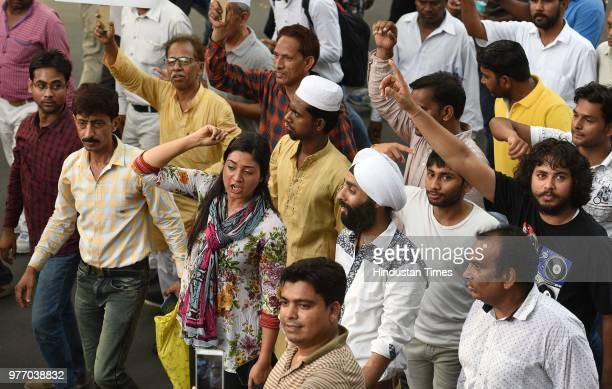 Alka Lamba along with supporters and workers march from Mandi House to Prime Minister's residence in support of Delhi Chief Minister Arvind...