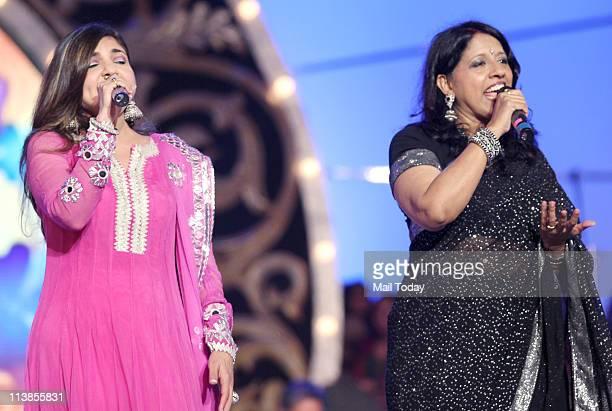 Alka Yagnik and Kavita Krishnamurthy during Pyarelal's musical concert at Andheri Sports Complex in Mumbai