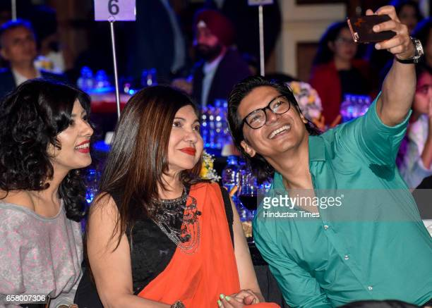 Alka Yagnik and Shaan during the HT Most Stylish Awards at Bandra on March 24 2017 in Mumbai India