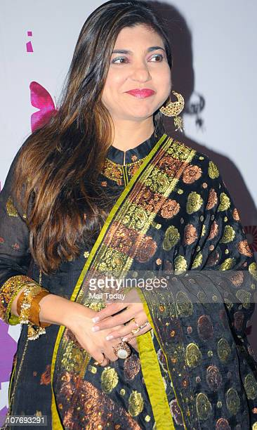 Alka Yagnik at the Pearls Waves concert which was held at MMRDA Grounds in Mumbai