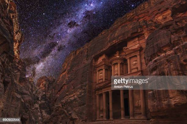 al-khazneh (the treasury), petra, jordan under the starry sky. - ancient civilization stock photos and pictures