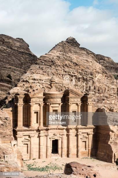 al-khazneh temple entrance, jordan - image stock pictures, royalty-free photos & images